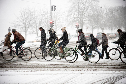 bicycling-snow